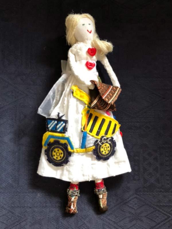 bespoke-dolls-101